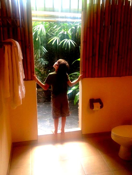 Lost Iguana Outdoor Shower