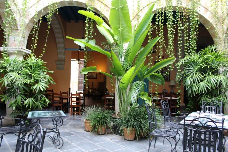 Courtyard Hotel Florida Cuba
