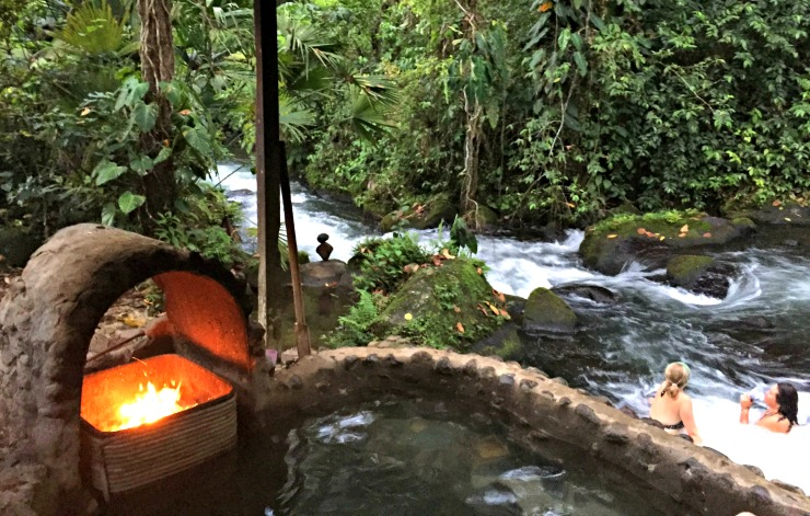 La Carolina Lodge Natural Jacuzzi and River Wanderlust Living