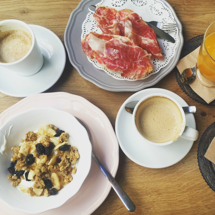 The Milagrosa Cafe Desayuno Breakfast Granda Spain Wanderlu Living