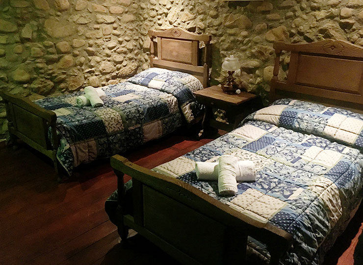 country-house-pasteral-girona-costa-brava-bedroom
