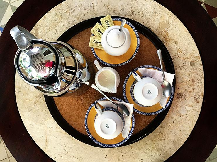 hacienda-petac-coffee-service-wanderlust-living