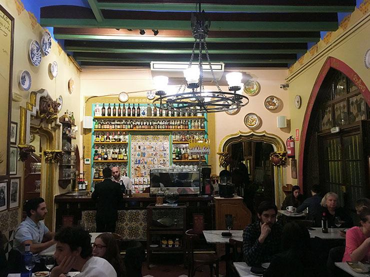Restaurant Gats Barcelona : Els quatre gats barcelona u review by barcelona life