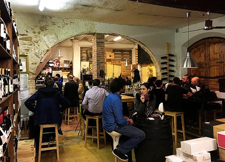 Devour Barcelona Food Tours: Wine & Tapas!