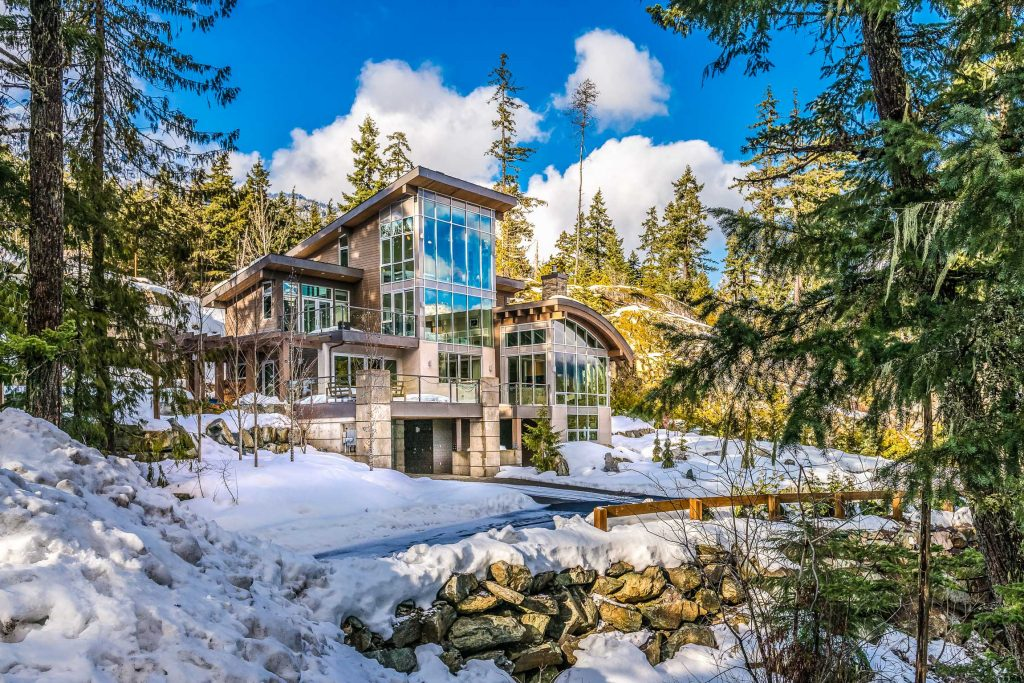 Winter escapes planning a multiple family vacation in Whistler cabin rentals